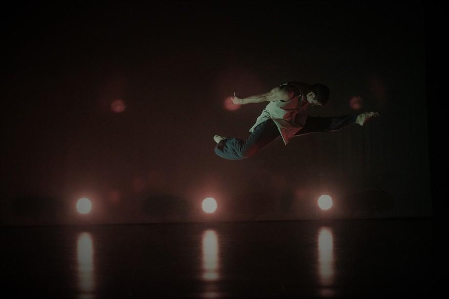 Albertossy leaping (2)